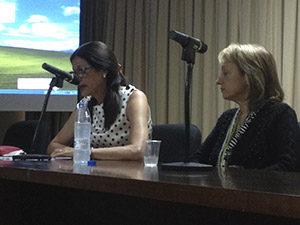 La profesora María Luisa Sotelo de la Universidad de Barcelona leyó su ponencia