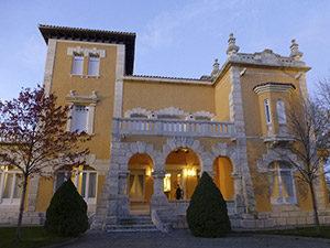 Bodegas Vega-Sicilia acogió el patronato de la Fundación en su sede histórica