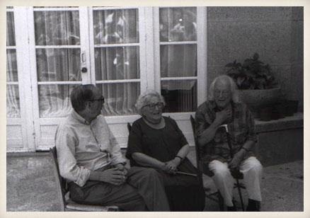 Miguel Delibes, Rosa Chacel y Rafael Alberti. San Lorenzo de El Escorial (Madrid), 1991.