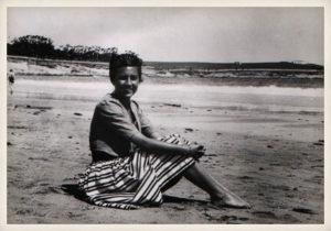 Ángeles de Castro, 1943.