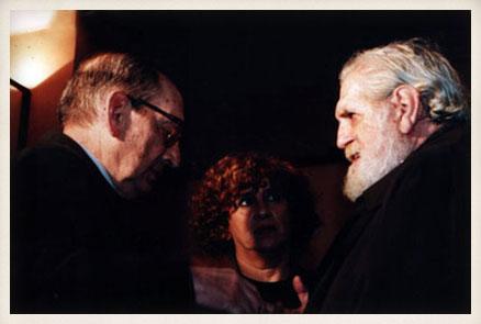Miguel Delibes con el pintor Vela Zanetti. Años 90.
