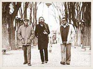 Miguel Delibes con Francisco Umbral y Manuel Leguineche.