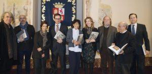 Elisa Delibes, presidenta de la Fundación MD; Alicia García, consejera de cultura y Alfonso León, director de la Fundación MD